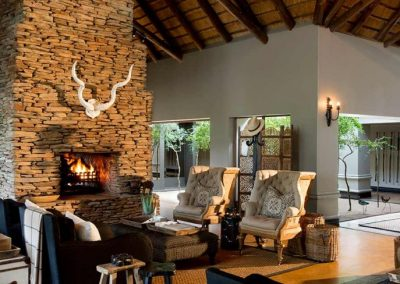 Tinga Lodge Lounge Area